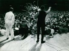 Chubby Checker in singing concert.