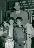 Robert Lindsay and children.