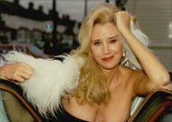 Portrait image of actress Sally Kirkland taken in an unknown context.