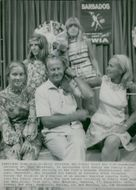 The Norwegian explorer Thor Heyerdahl with family visits New York