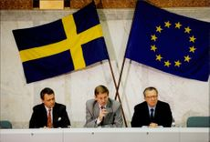 Ulf Dinkelspiel, Carl Bildt and EC President Jacques Delors during the press conference in Rosenbad