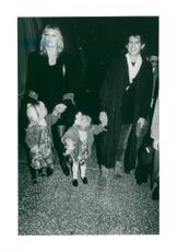 Keith Richards along with fiancé Patti Hansen and the children