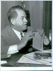Armand J. Gariepy, American Advertising Expert on Lecture Tour