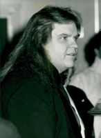 Portrait picture of the American singer Meat Loaf taken in an unknown context.
