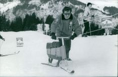 Jean-Pierre Georges Beltoise skiing on snow. Photo taken Jan 16, 1969