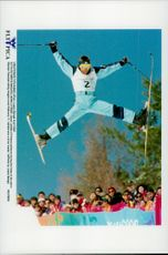 Janne Lathela, Finland, in the final in freestyle skiing, during the Winter Olympics 1998.