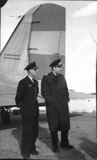 """On the picture, the air traffic controller at Kallax Airport, Lieutenant Rosborg, """"Örnen"""" and Captain Carls welcome to Luleå - 21 April 1947"""