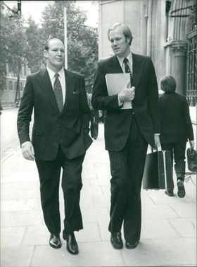 Tony Greig with mr kerry packer.