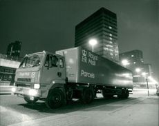 Royal mails trucking.