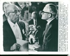 A Washington State Secretary, George A. Parker, raises questions to Barry Goldwater during a debate