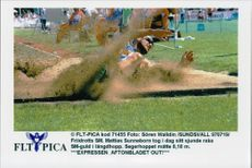 Mattias Sunneborn competes in the long jump under Friidrotts SM.