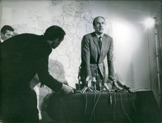 Valéry Giscard d'Estaing at a press conference.  Year: 1968