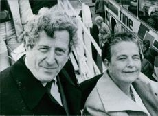 Dr. Garret Fitzgerald with his wife during a pre-election visit to Athlone in June 1981.