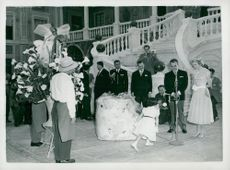 The wedding between Furst Rainier III of Monaco and Grace Kelly. wedding Gifts