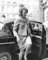 Princess Irene of the Netherlands just got off the automobile. 1964.