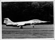 A Lockheed F-104 jet hunting plane landes at an aerodrome near Cologne after a test flight