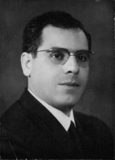 Portrait of Mohamed Abdeen.