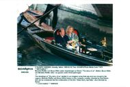 """Bruce Willis and Michelle Pfeiffer in a gondola during the recording of the movie """"The Story About Us"""""""