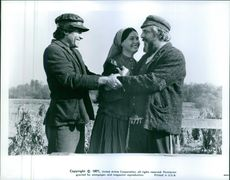 A conversation scene from the film Fiddler on the Roof.