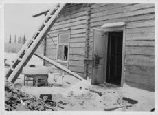 A forlorn house in the war front during the winter war in 1939