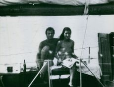 Gustaf VI Adolf with Princess Margaret siting together in the boat while drinking a wine, 1972.