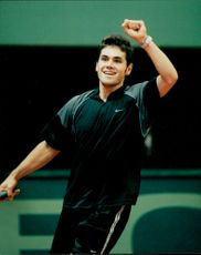 Julian Alonso (Spain) lost against Sweden 1-4 in the semi-final of the Davis Cup