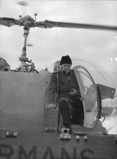 Inspector Ekbladh in helicopter