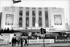 The breathtaking entrance to the boat fair in Earls Court, where a quarter of a million people crossed the crossroads