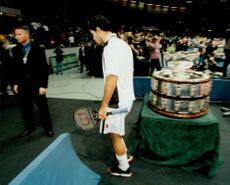 Pete Sampras shoots his feet and is forced to give up the game