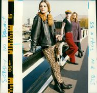 They dress like Chelsea girls from the sixties.