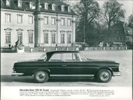 Motor car marcedes:benz220 coupe.