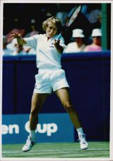Action image of Martina Navratilova taken in an unknown contest.