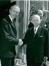 British Prime Minister Sir Alec Douglas-Home shakes hands with Mr. Ismet Inonu outside no 10 Downing Street