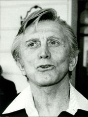 Close up of Kirk Douglas.
