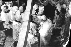 Pope Paul VI in a traditional ceremony.