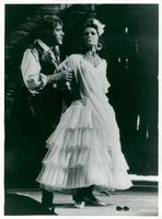 """The death of the opera"". Johnny Blanc and Edith Thaslaug in ""Carmen"""