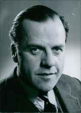 British Politicians: Anthony Kershaw M.P. - Conservative MP for the Stroud Division of Gloucestershire since 1955.