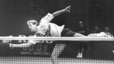 Magnus Gustafsson shows his excellent balance during a match.