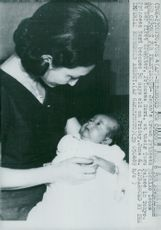 Crown Princess Michico with his little daughter Nori