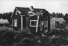 A ruined house,1941.