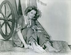 """Phyllis Calvert as a bathing belle of 1906 in the English made picture """"Kipps."""""""