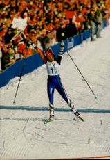 Ljubov Jegorova goes to goal and takes home Olympic gold in 4x5 km relay