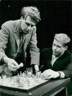 Director Bengt Lagerkvist and writer Vaclav Havel are playing chess