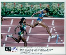 Marie Jose Perec Gold came 2nd in a 200m under the Olympic Games.