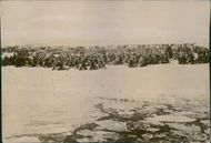 Japanese troops on the bank of the river. 1905. Japanese troops at the Dog River on the way to Heiken on the Hun river bank.
