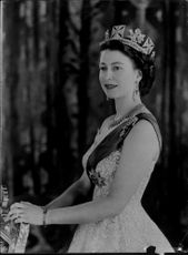 Queen Elizabeth II with the insignia of the stockings