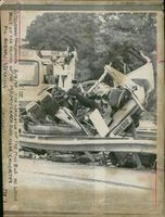 road accidents:the wreckage of mini bus