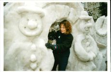 Helena Richardson puts finishing touches to the Snowmen