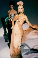Supermodel Karen Mulder in fashion show
