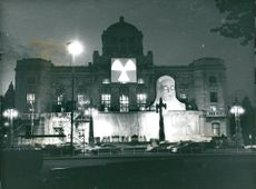 """Dramaten's embellished facade before the premiere of """"The Storm"""""""